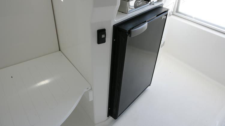 Electric refrigerator 12V, galley