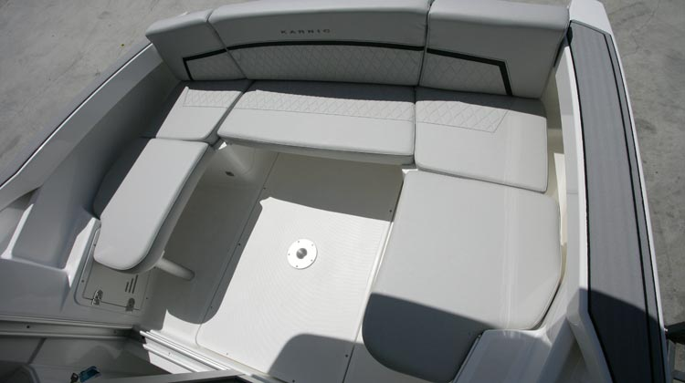 Continuous stern bench seat and option to convert to L-shape or U-shape arrangement