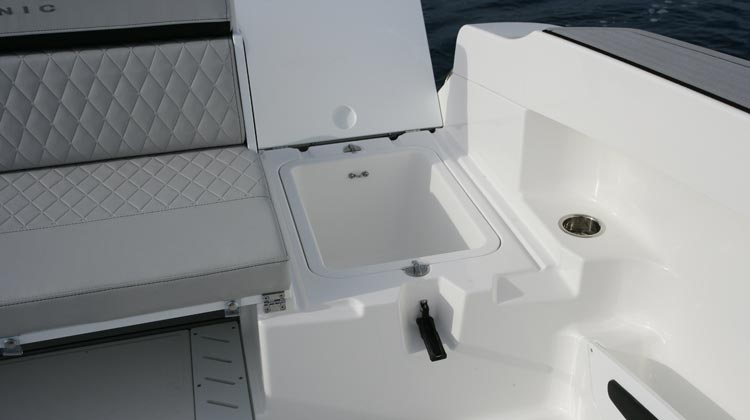 Large storage space with two cockpit drainable wells, stern bilge compartment and lockers(2)