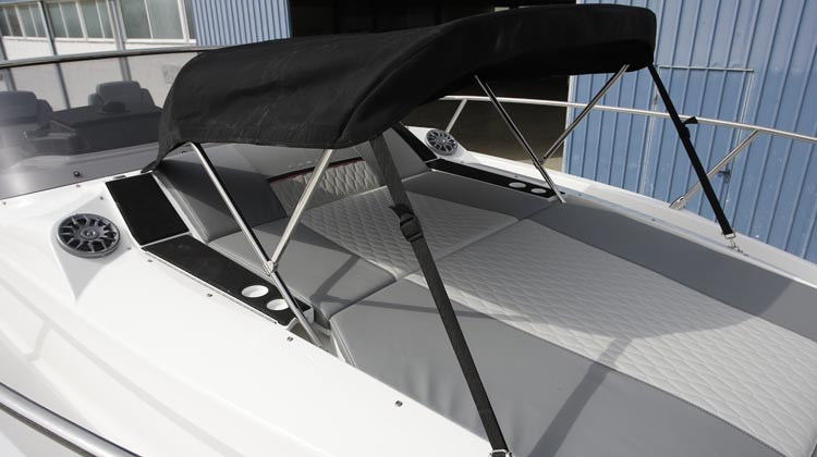 Sunbed hide-away bimini
